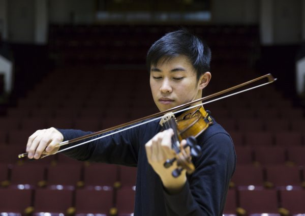 Luke Valmadrid playing the violin
